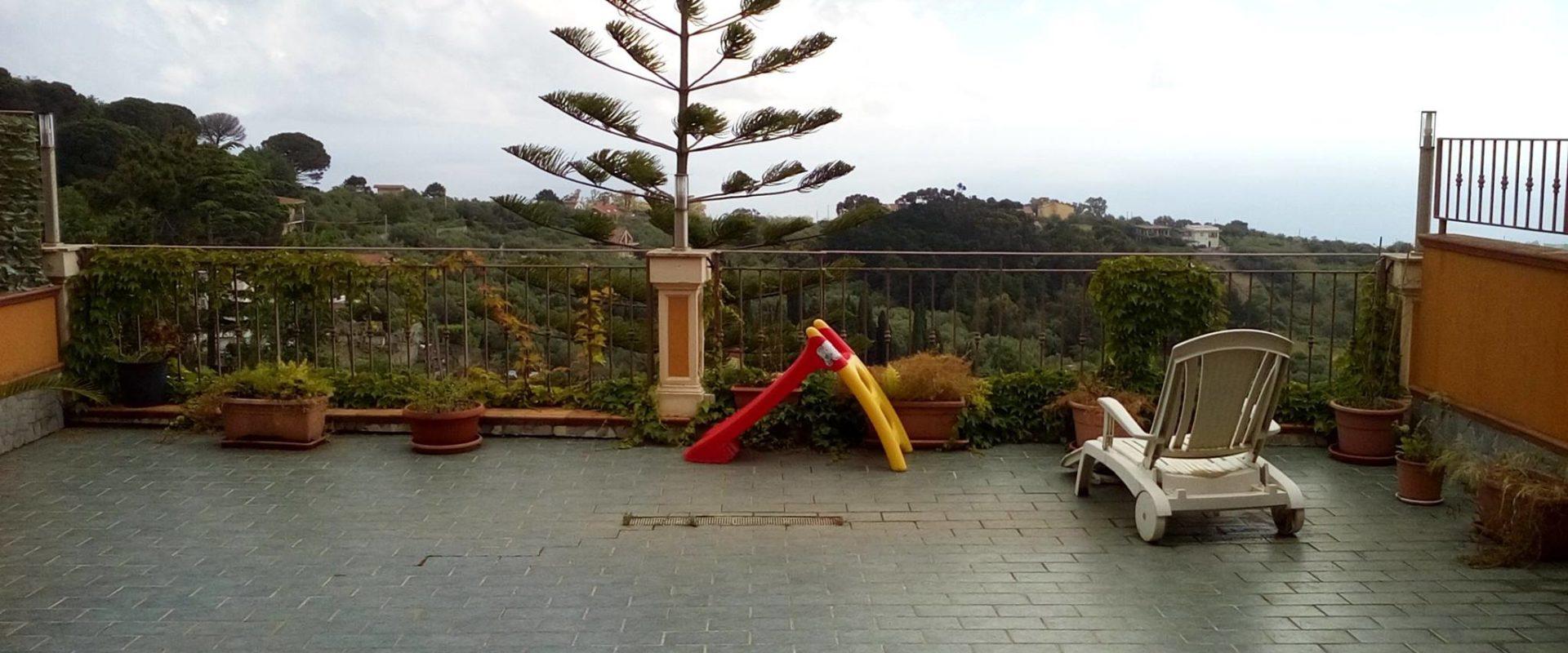 Villa a schiera super accessoriata in vendita pressi Curcuraci