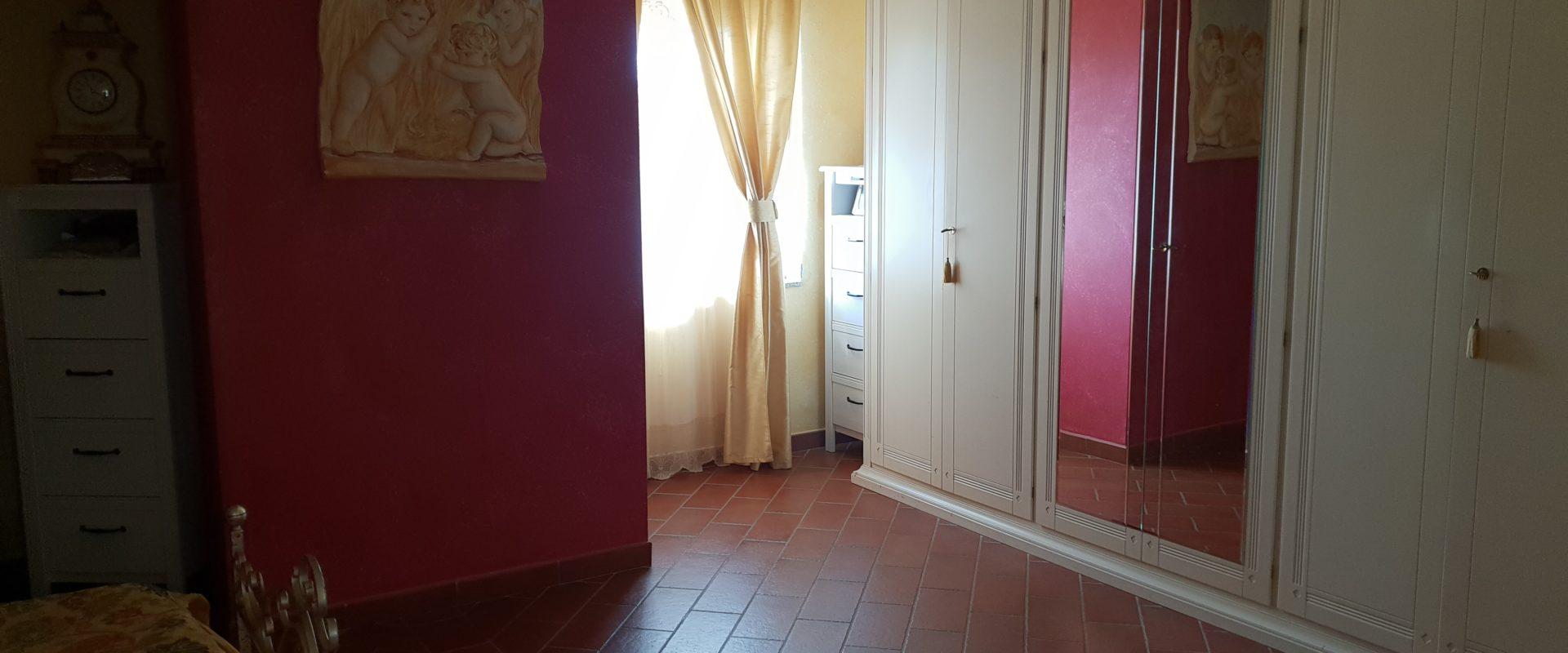Appartamento su due piani in vendita pressi Viale Giostra
