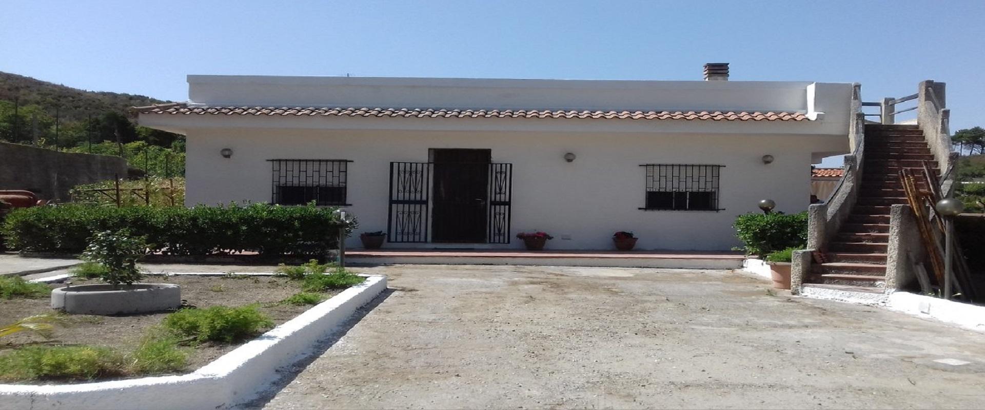 Villa Panoramica in vendita pressi Castanea