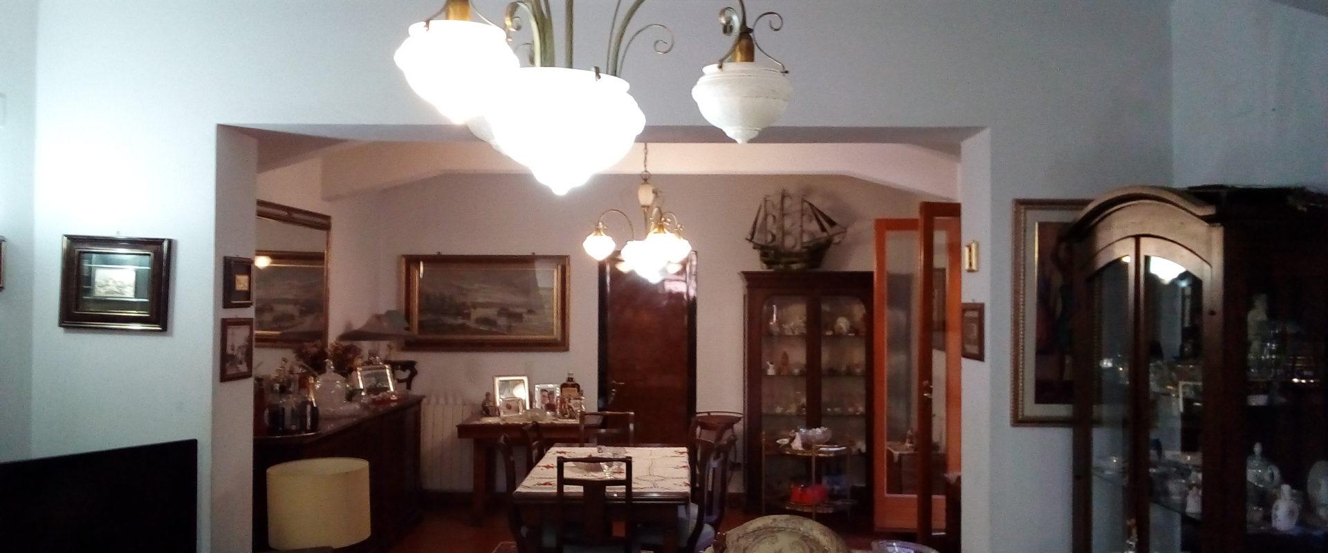 Grande casa indipendente in vendita pressi Viale Europa