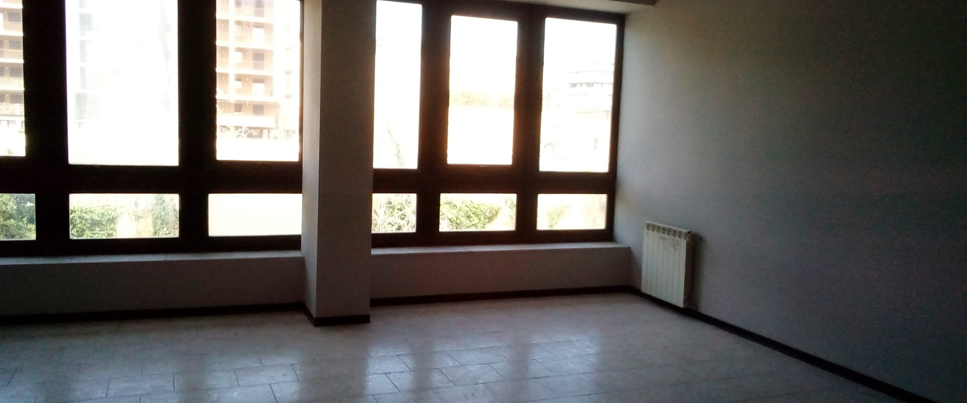Ampio Studio/Ufficio in affitto pressi Gazzi