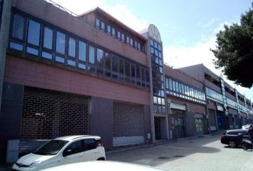 Ampio Studio/Ufficio in affitto pressi Gazzi #LT15815